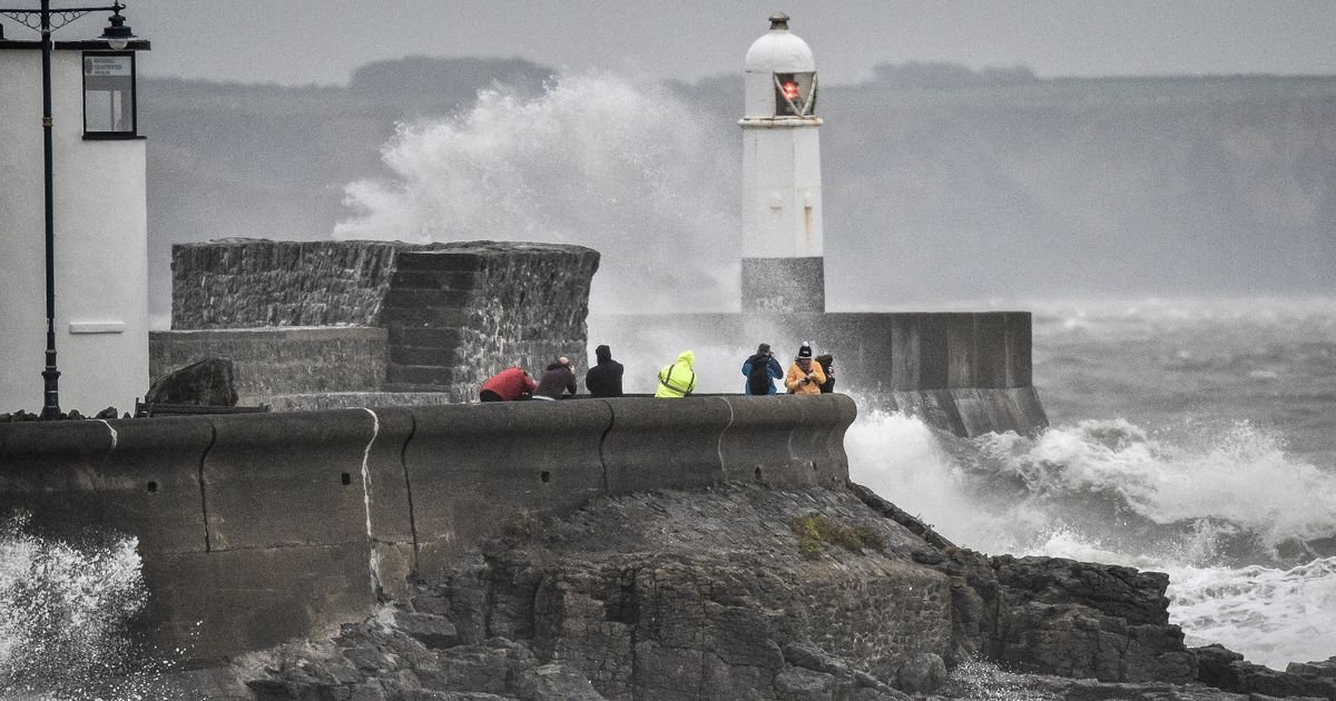 Britain faces five day freeze with 60mph storms, snow and washouts on the way