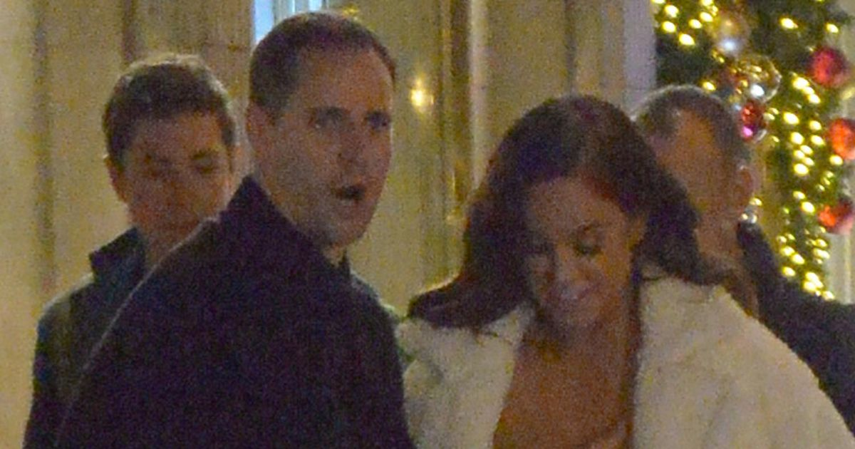 Vicky Pattison saved from wardrobe malfunction by cheeky male pal