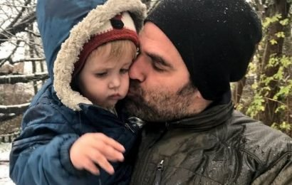 Rob Delaney shares poignant message on first Christmas since his toddler died