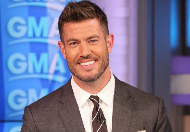 How Much is Sports Commentator and Former 'Bachelor' Jesse Palmer Worth? – The Cheat Sheet