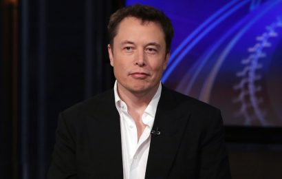Elon Musk rips CBS over editing of '60 Minutes' interview