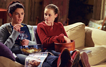 You Can Have A 'Gilmore Girls'-Themed Lunch Inside Lorelai's Stars Hollow House
