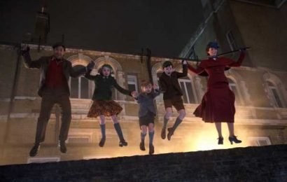 See If You Caught Every Reference To The Original In 'Mary Poppins Returns'