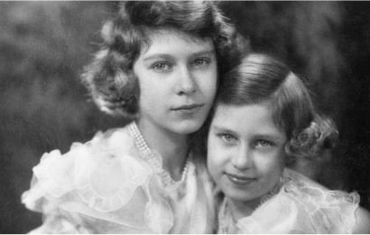 "38 Pictures of Queen Elizabeth II and Her ""Beloved Sister"" Princess Margaret"