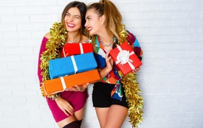 15 Vibrant Gifts That Will Give Your Friends Life This Winter