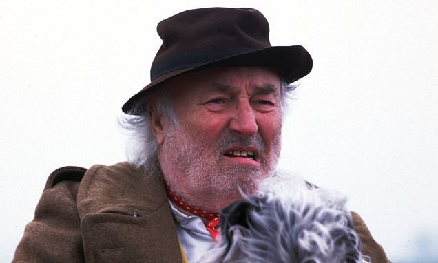 Heartbeat's Bill Maynard leaves more than £1million in his will