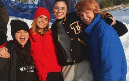 """Selena Gomez Looks Happy Surrounded by Her """"Snow Buds"""" After Completing Treatment"""