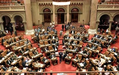 The perils of a pay raise for state lawmakers