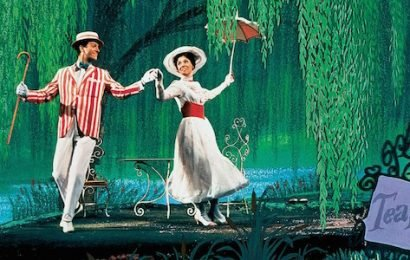 The Original 'Mary Poppins' is the Quintessential Disney Movie