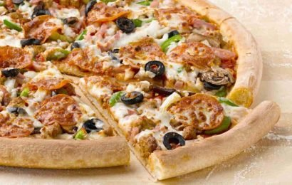 How to get a free takeaway at Domino's, Just Eat, Papa Johns or Pizza Hut this Christmas Eve