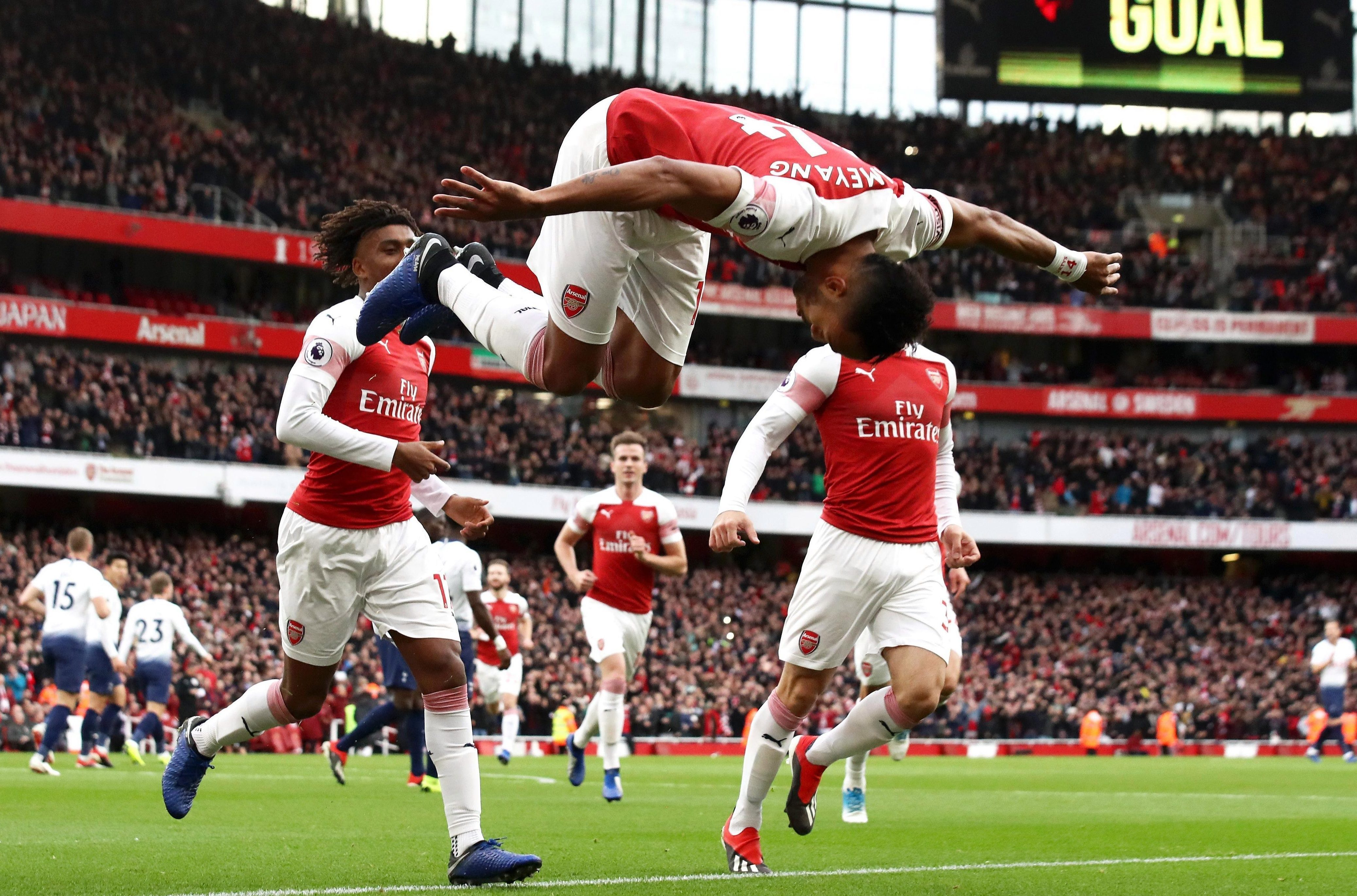 Premier League highlights: Arsenal demolish Spurs in derby, Pickford's error hands Liverpool outrageous winner and Chelsea ease past Fulham