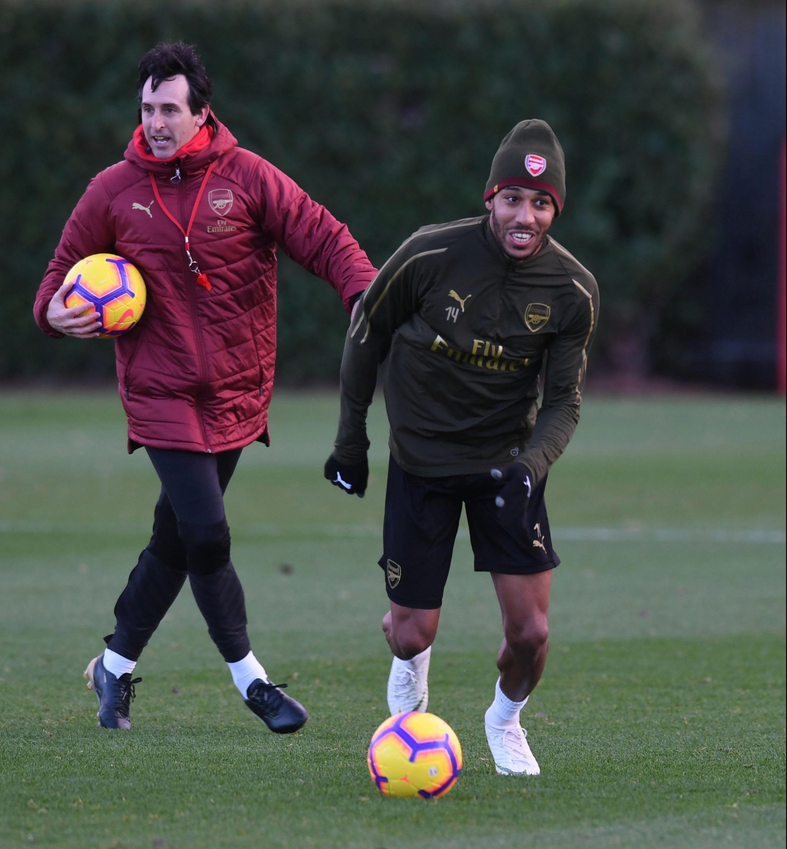 6am Arsenal news: Emery resists hippy crack punishment, Gunners can't get Chambers back, Holding out for season