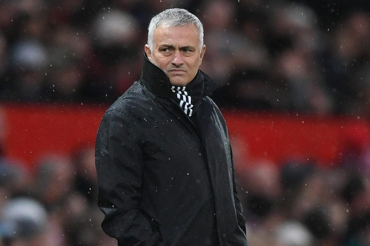 Jose Mourinho jokes Manchester United are saving money for January with no water at press conference