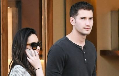 New Couple Alert? Olivia Munn Holds Hands With Tucker Roberts