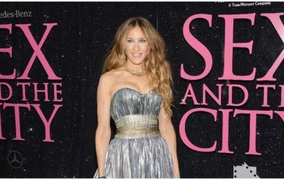 Carrie Bradshaw's Eiffel Tower Bag Is For Sale As Hopes For A Third 'Sex And The City' Movie Are Squashed