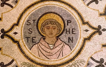 When is St Stephen's Day 2018, what happens at the Feast of Stephen and who was the Christian martyr?