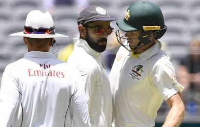 Umpires warn Kohli, Paine as tensions flare in second Test
