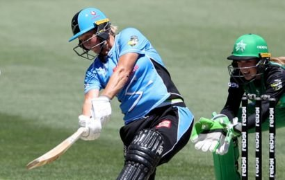 WBBL: A Devine day out for Strikers as Stars fall short