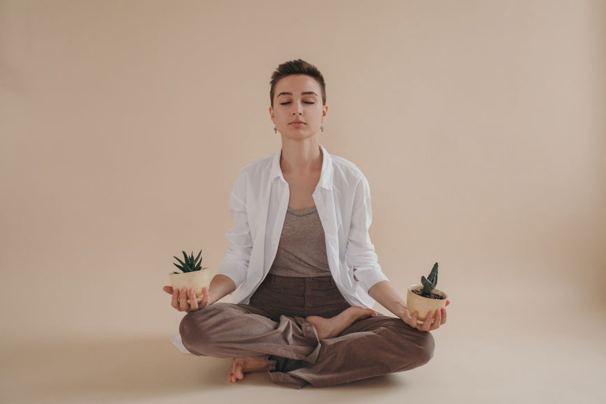 2019 Wellness Trends Will Focus On Simplicity, According To Experts, & I Love The Sound Of That