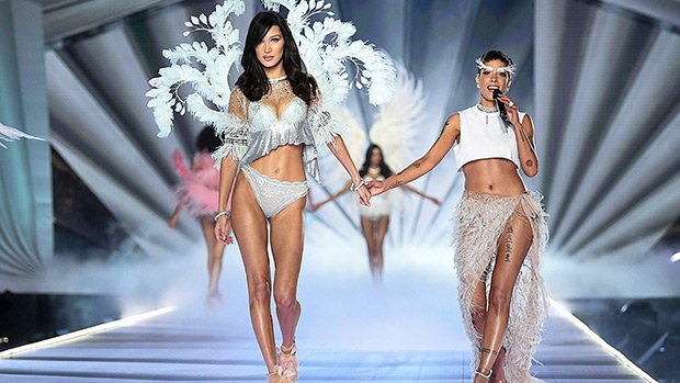 Halsey Absolutely Slays Performance Of 'Without Me' During Victoria's Secret Fashion Show