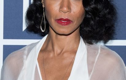 Jada Pinkett Smith Tears Up as She Admits Being Famous 'Can Make You Feel Like You're Alone'