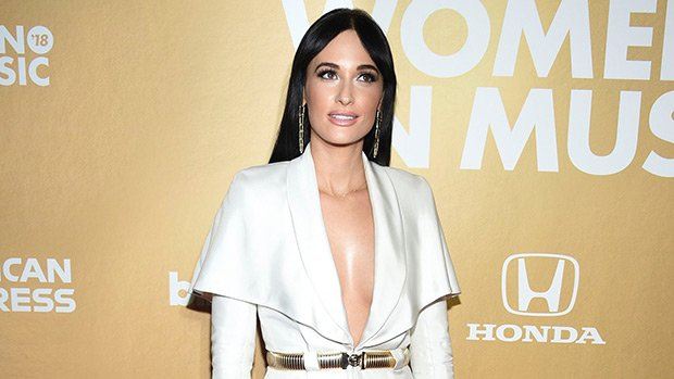 Kacey Musgraves Dons Plunging White Blazer At 2018 Billboard Women In Music — Pic