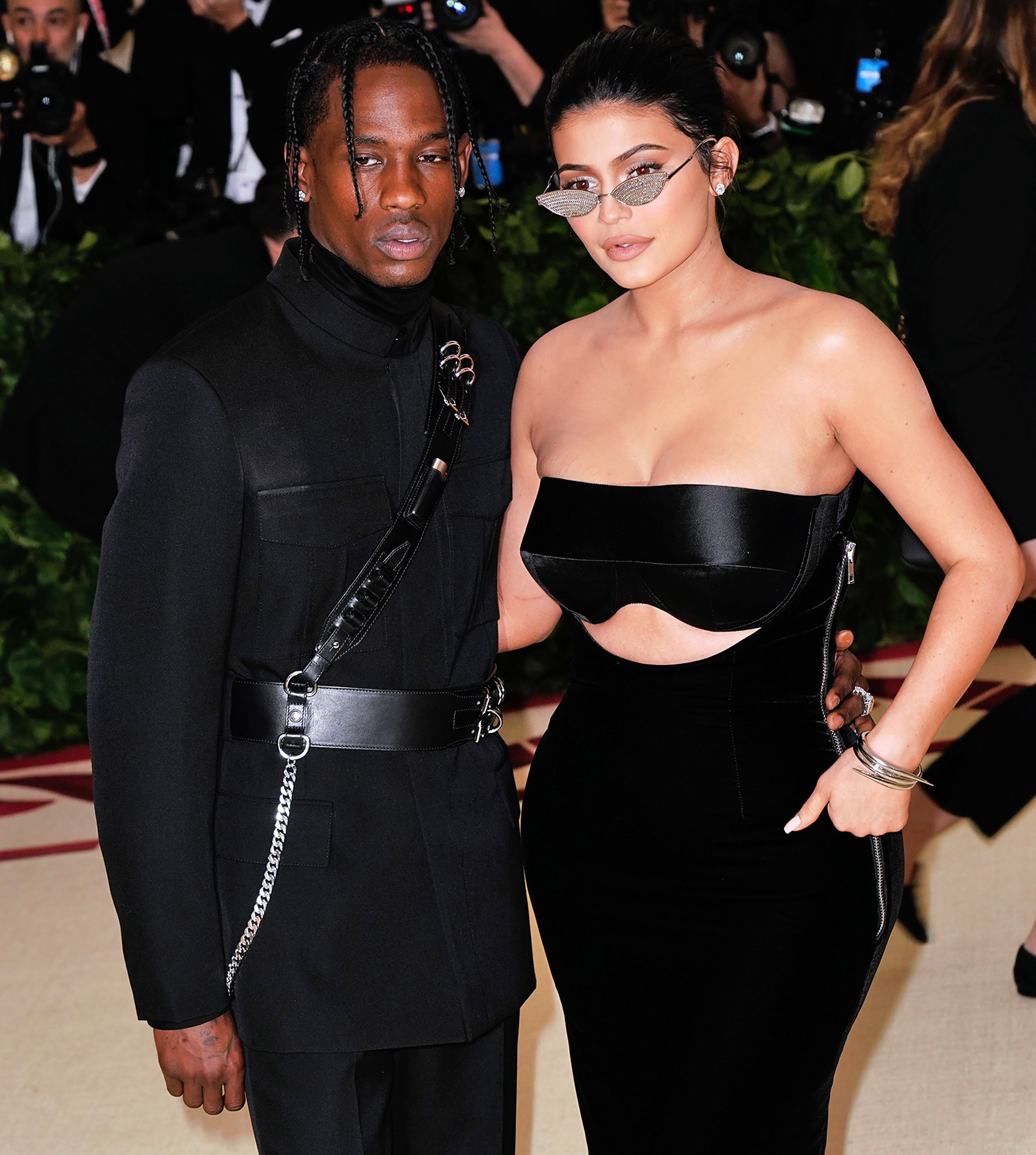 Kylie Jenner Slams Fake Photo of Travis Scott with Another Woman: 'My Relationship Is Strong'