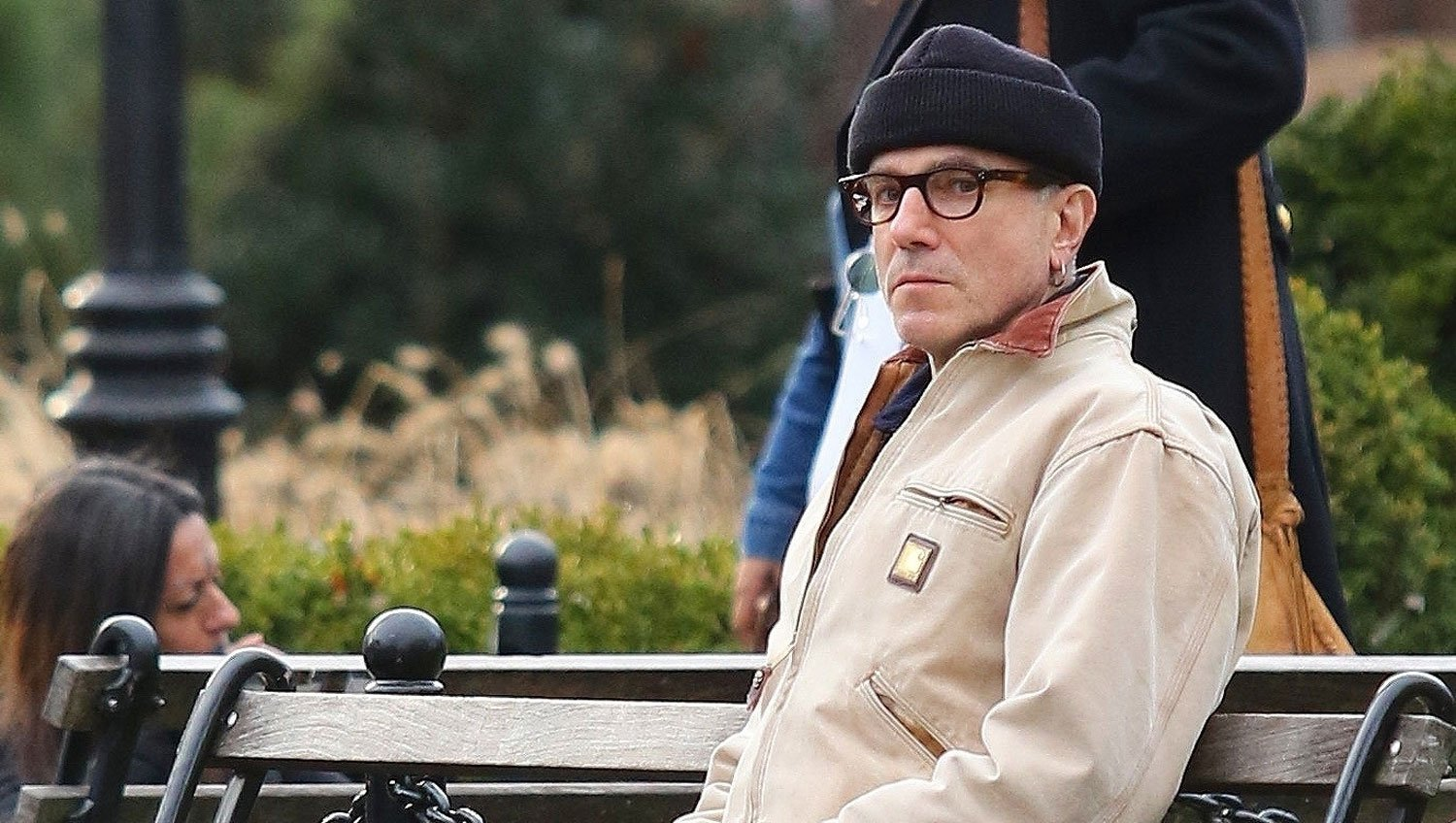 Daniel Day-Lewis Enjoys Some Quiet Time on New York Park Bench