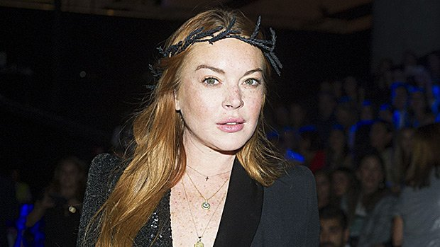 Lindsay Lohan Goes Braless As She Poses As The Hottest Snow White Ever On 'Paper' Mag Cover