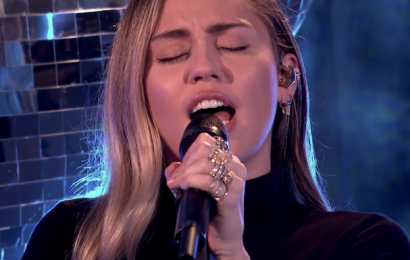 """Watch Miley Cyrus Cover Ariana Grande's """"No Tears Left to Cry"""""""