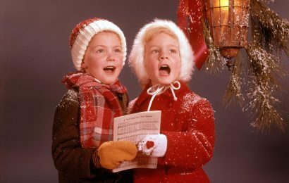 What is the Christmas song Jingle Bells about, who wrote it and when was it first sung?