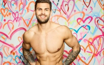 What age is Adam Collard and how tall is he? Love Island 2018 star and personal trainer