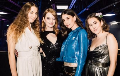 Emma Stone Hosts a Holiday Party with Haim for a Great Cause!