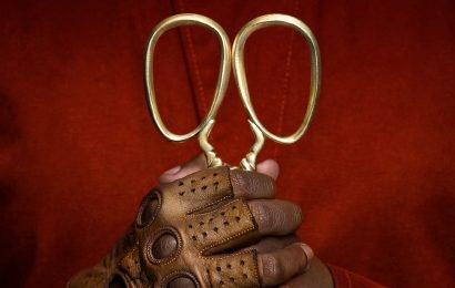 It's 'Us'! Jordan Peele delivers the trailer for his new horror film on Christmas morning