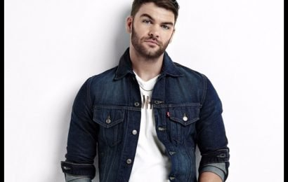 Dylan Scott Shares 'Nothing To Do Town' Video