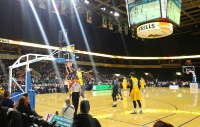 Big second half leads KW Titans to victory over the London Lightning