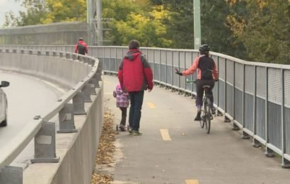 Bike path and walkway on Jacques-Cartier bridge closes for the winter months