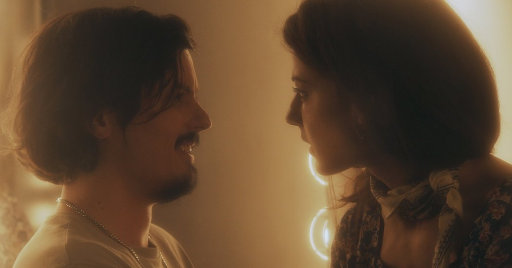 'The Great Pretender' Review: Tedious Love Affairs in Artsy Brooklyn