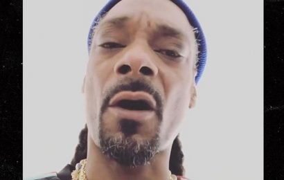 Snoop Dogg Weighs In on Government Shutdown, Blasts Trump & Supporters
