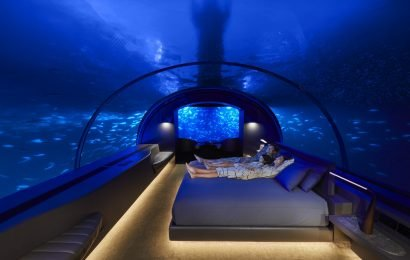 You Can Sleep With The Fish At The MURAKA To Channel Your Inner Mermaid