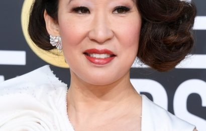 Every Single Look Sandra Oh Wore To Host The Golden Globes