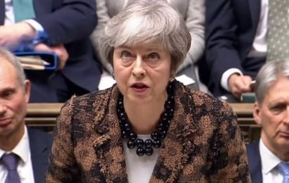 Theresa May orders her MPs to vote down amendments to stop No Deal