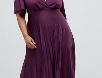 ASOS Curve has sold over 12,000 of its £38 pleated maxi dresses