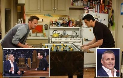Matt LeBlanc reveals he stole a ball from the foosball table of the Friends set and he's kept it for 15 years