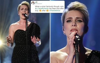 Claire Richards wows viewers with show-stopping solo performance on The Graham Norton Show