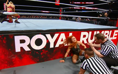 Who won the women's Royal Rumble 2019, and which WWE legends made shock returns? Entrants list and match result