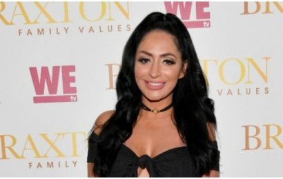 'Jersey Shore' Star's Racy Instagram Pics Too Hot For Fans