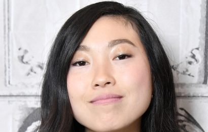 Awkwafina Would Host the Oscars 2019 If Asked: 'Sure, Why Not!'