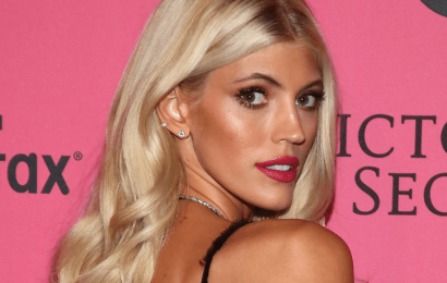 Devon Windsor Goes Topless & Drinks A Smoothie On Instagram
