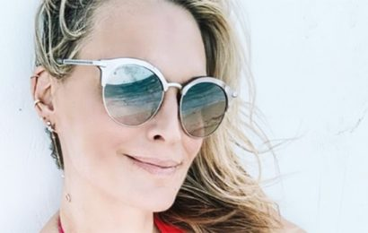 How Moms Molly Sims, 45, & Brooke Burke Rock Sexy Bathing Suits — Easy-To-Follow Diet Secret